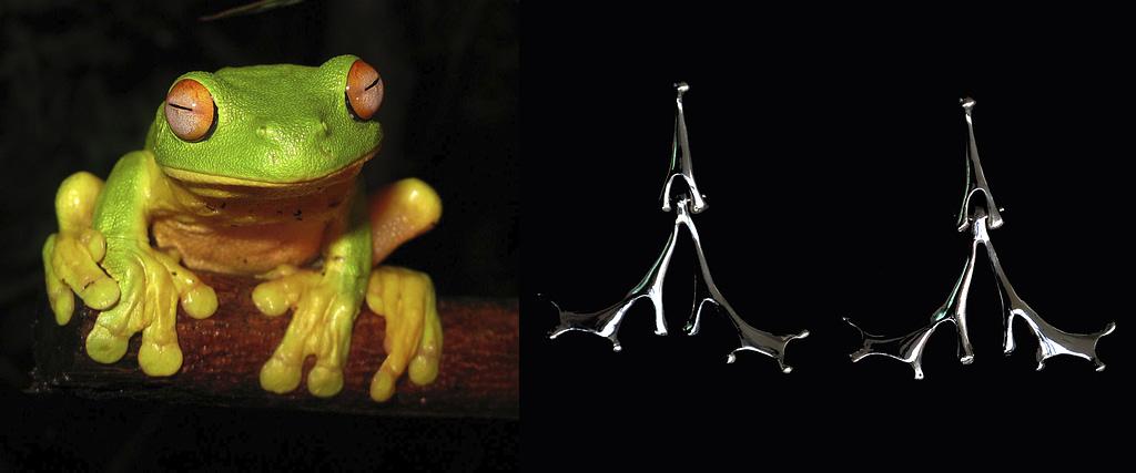 """comparativa de proceso creativo entre una rana de patas grandes y los aretes de plata 9.25 """"rana"""""""